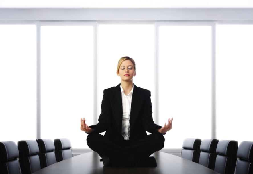 Thiền giúp là tips tỉnh táo thư giãn cho dân văn phòng