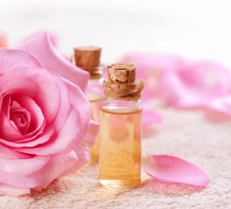 cách chọn nước hoa hồng