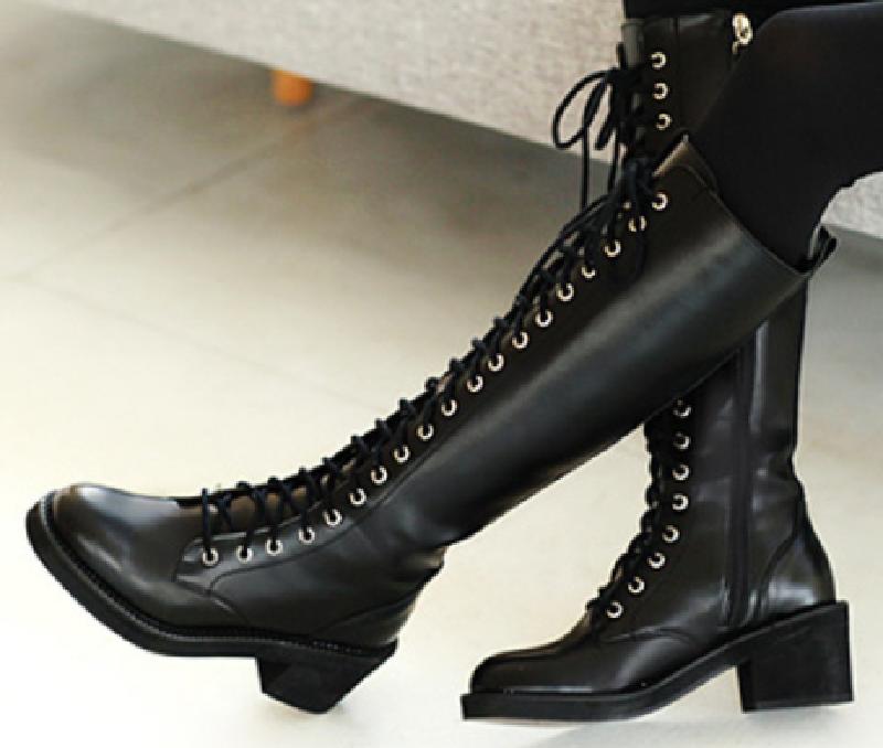Top 7 mẫu giày boot nữ chất như nước cất 7
