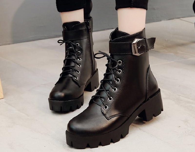Top 7 mẫu giày boot nữ chất như nước cất 3